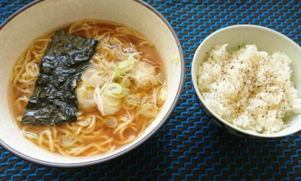 無性に食べたくなる時がある胡椒ご飯でちょっと不健康な休日レシピ