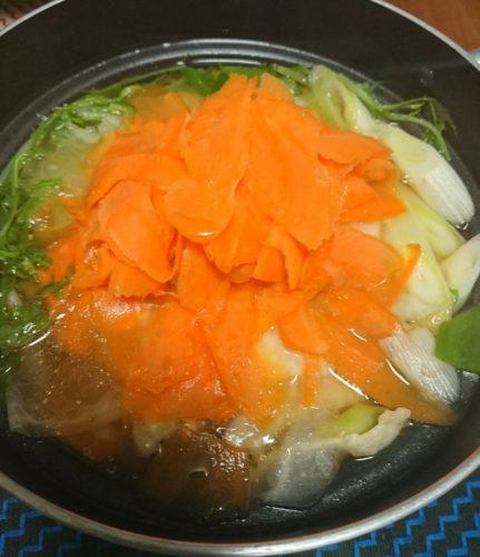 時短鍋!ピーラーでスライスした野菜のお鍋