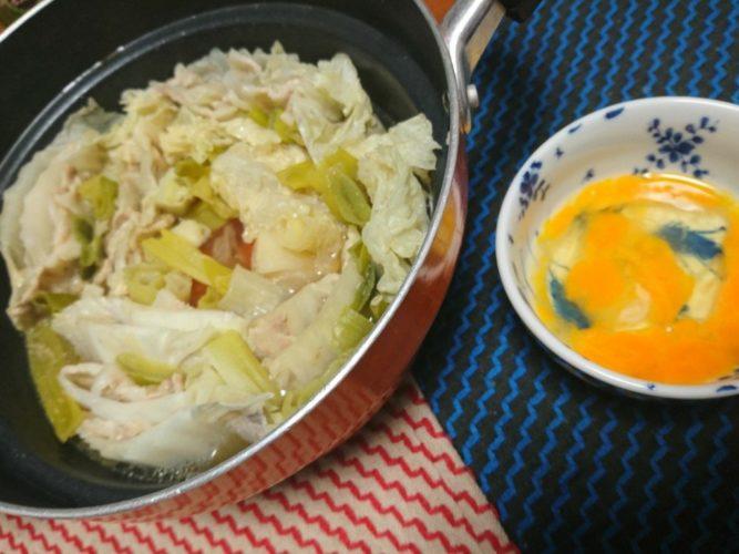 豚肉と白菜をすき焼き風味で味付け
