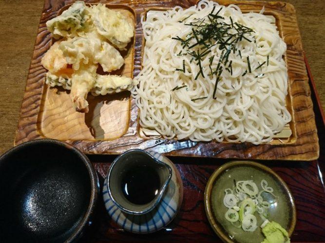 仙台の蕎麦「丸よし」でランチ、夜は鶏の燻製とグリーンカレーで多国籍な1日