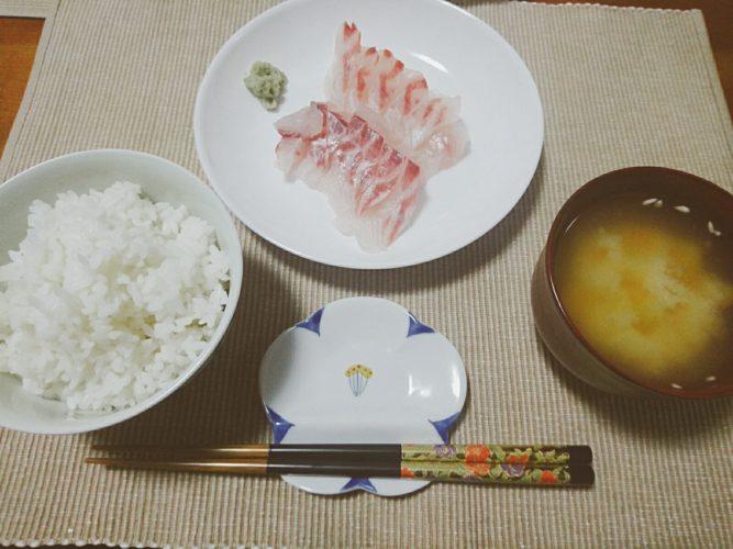 鯛のお刺身とゴーヤーチャンプルー、肉炒め