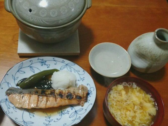 秋の味覚!新米ご飯と鮭の焼き漬け