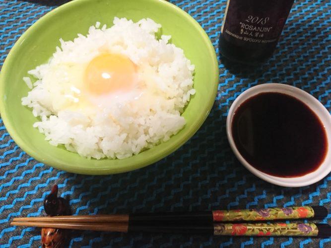 魯山人の卵かけご飯を魯山人醤油かけて食べるとうまい