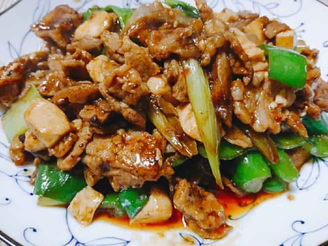 豆腐少なめの麻婆豆腐と鮮度抜群のスルメイカ