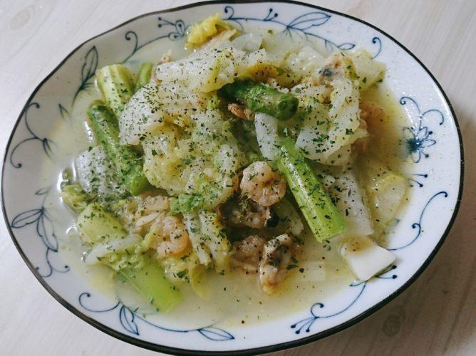 出不精でも、シーフードミックスがあれば何とかなる!白菜と魚介の蒸し物