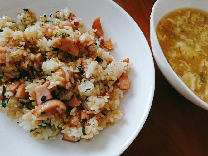 魚肉ソーセージ焼き飯