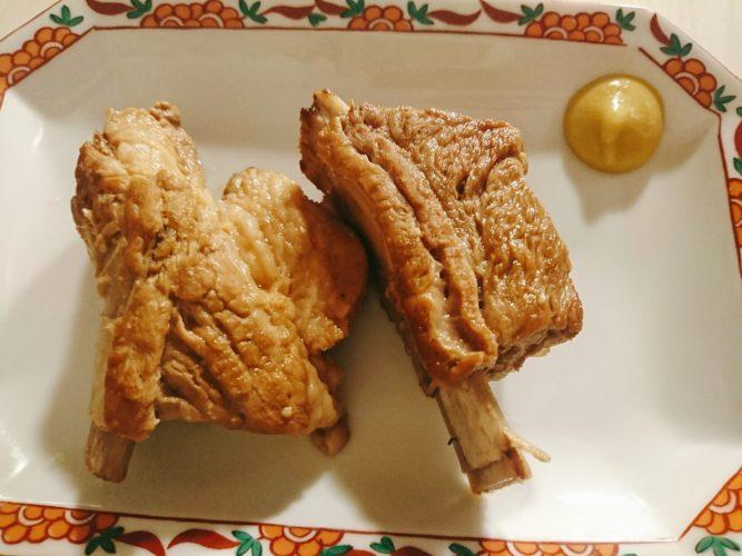 豚スペアリブの煮込みとアスパラソテー