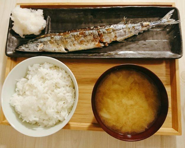 初サンマ!土鍋ご飯とキャベツの味噌汁