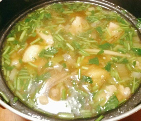風邪を引いたら食べたい地鶏の生姜鍋