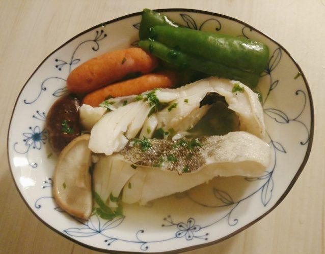 タラとウインナーで作った洋風煮物