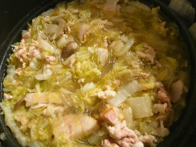 マッシュルームとオリーブオイルの香りが堪らない!洋風ピェンロー鍋