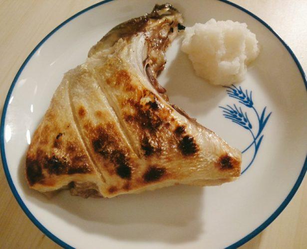 ぶりかまの塩焼き!扱いやすくて食べやすいぶりのかま
