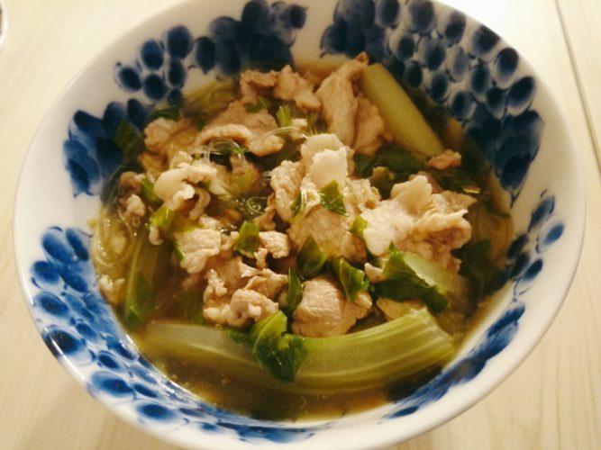 豚肉とセロリの春雨スープ