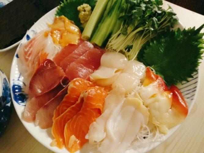 手巻き寿司の刺身
