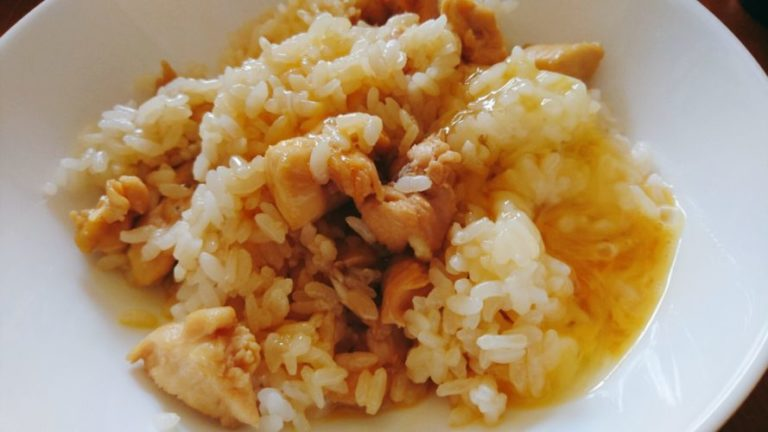 鶏肉の卵かけご飯