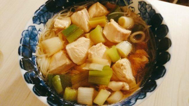 麺つゆレモングラススープ