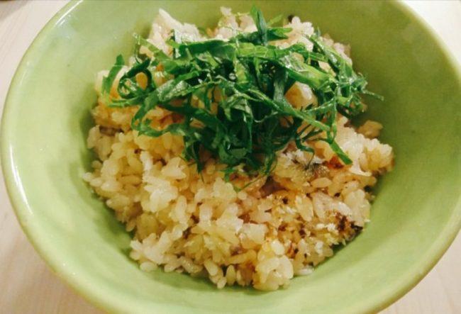 土鍋で炊いた鮎飯
