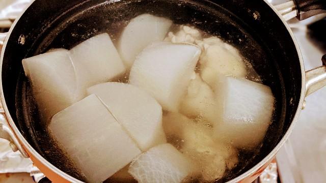 手羽元と大根の水煮のレシピ